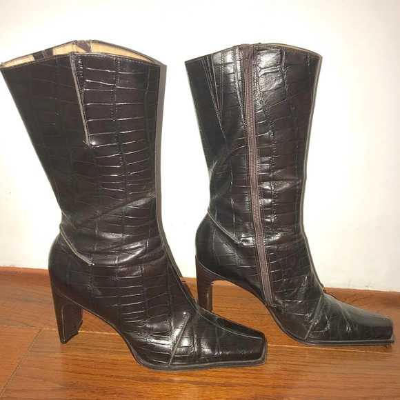 4ef438fba63 Antonio Melani leather croc embossed boots sz9